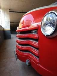 Chevrolet antigo Boca de Sapo 1951. Troco
