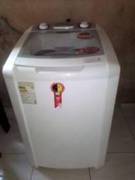 Máquina de lavar roupa e tanquinho