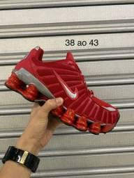 Tênis Nike 12 Molas 160.00 o par