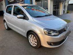 Vw Fox Trend 1.6 Flex Completo - 2011