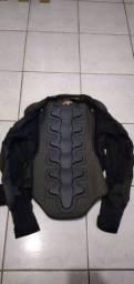 Vendo jaqueta tamanho médio de motoqueiro