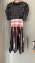 Vestido impecável tricot lurex mídi