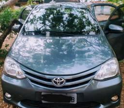 Vendo Toyota Etios X 1.3 Flex