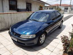 Vectra gls ano 98 motor 2.0 8v. Top