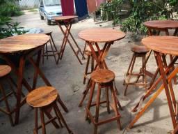 Mesas e bancos de bar.lanchone
