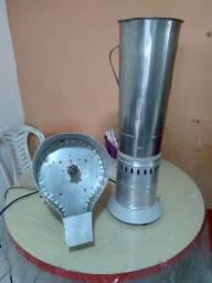 Liquidificador industrial de 10L +  1 ralador de coco industrial
