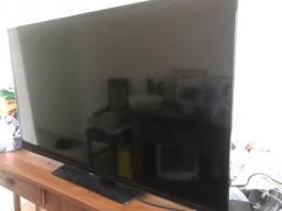 TV Samsung 48 pol com tela danificada
