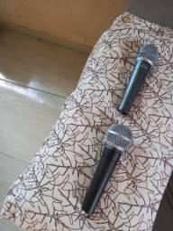 2 Microfones Shure SM58 e SM57