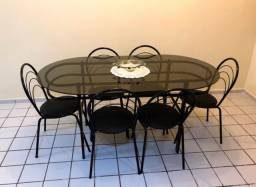 Conjunto de mesa de vidro com cadeiras