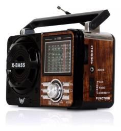 Radio Vintage Retrô Recarregável Am Fm Sw Usb Mp3 Auxiliar Caixa de Som Retro Grasep D-F10
