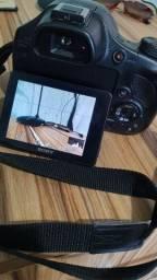 Vendo minha Camera Sony Hx400v ótimo estado
