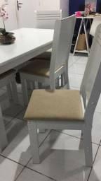 Mesa com 6 cadeiras ( Em Bom estado Nova)
