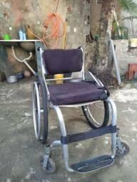 Vende-se essa cadeira 200 reais