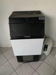 Máquina de gelo 75 Kilos