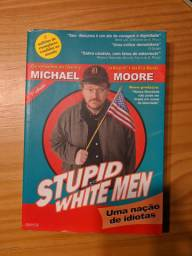 Livro stupid white men