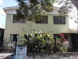 Casa com 3 dorm/Garagem-Chácara da Barra-Alugo