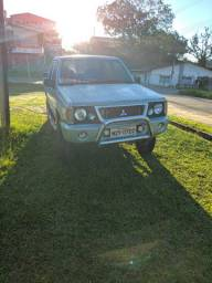 Vendo L200 GL 4x4 2001/2002