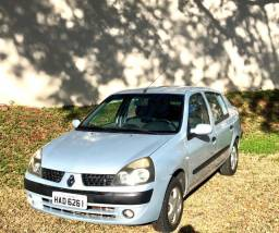 Clio Sedan 1.6 Privilege 2003