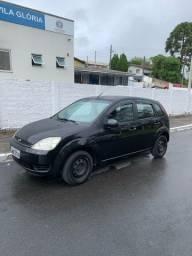 Fiesta hatch 1.0 2005