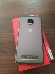 Vendo Motorola Z2 Play 64G. DEFEITO Fazer a Troca do Display