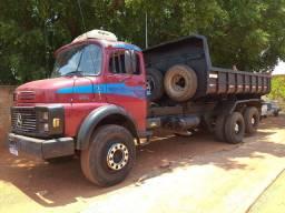 1513 Caçamba Truck . Motor  novo.  Pego carro