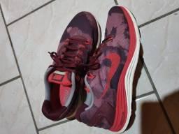 Nike Lunarglide 5 usado 3 vezes somente super novo N° 38