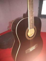 Vende se um violão 400  ou troca