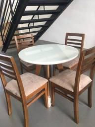 Mesa redonda tampo de vidro branco +  4 cadeiras