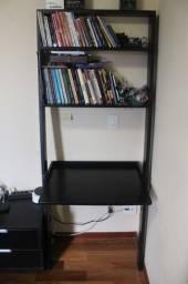 Escrivaninha c/ estante escada / 2 prateleiras / em Mdf Preto