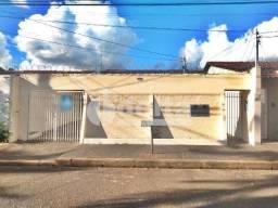 Casa para alugar com 3 dormitórios em Santa monica, Uberlandia cod:642904