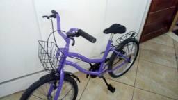Vendo bicicleta infantil nova.