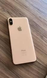 iPhone XS Max trincado