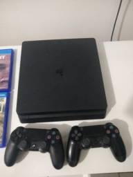 Playstation 4 slim 1 TB com 7 jogos e 2 controles po