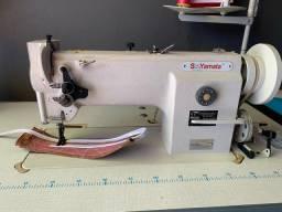 Título do anúncio: Máquina de Costura Reta Transporte Triplo Semi Nova