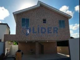 IJ- Casas em Olinda, ótimo local, parada de ônibus na porta!