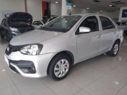 Toyota Etios Sedan X  1.5 Automático - 2019