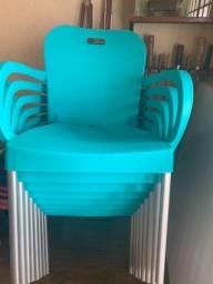Cadeira pés de alumínio