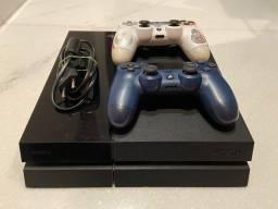 PS 4 com dois consoles personalizados e 18 jogos