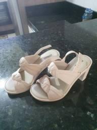 Sandalia de salto melissa