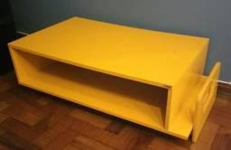 Mesa de Centro com Revisteiro MDF Amarela