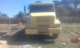 Caminhão mercedes L 1418 - 2000