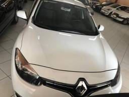 Renault Fluence Dyn 4P - 2016