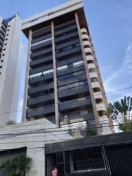 Apartamento com 04 quartos e 200m2 no Maurício de Nassau em Caruaru