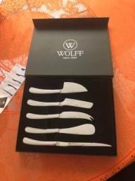 Jogo de facas para queijos inox Wolff