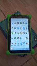 Tablet novo DL de 8 gb + capinha