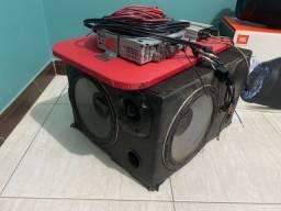 Caixa de som + aparelho de som + módulo