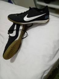 Tênis Nike, usado apenas 2 vezes.