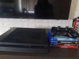 PS4 (1mês de uso)