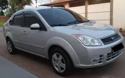 Fiesta 1.0 ano e modelo 2008 - 2008