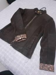 Vendo jaqueta de couro feminina